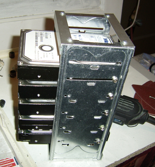 Beer Case PC - hard disk rack
